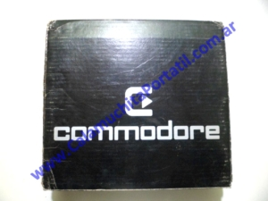 0050ACA Caja Commodore KE-7000-MB