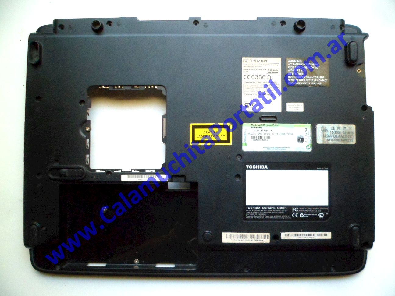 0560CAD Carcasa Base Toshiba Satellite M35X